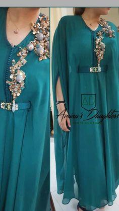 Abaya Fashion, Muslim Fashion, Fashion Dresses, Morrocan Dress, Moroccan Caftan, Kaftan Designs, Mode Kimono, Mode Abaya, Kurti Designs Party Wear