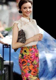 Pronta Entrega !! Camisa Branca Seda Brinde= uma linda joia em prata, nas compras acima de R$200,00, na Leona Secrets