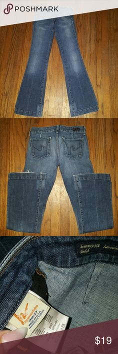 Citizens of Humanity Sz 27 Wear shown a bit at the bottom. #087 Stretch low waist full leg. These jeans are awesome!  Smoke free home no holes or stains. Citizens of Humanity Jeans Flare & Wide Leg