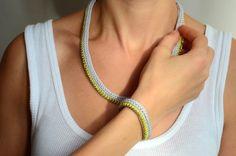 Strickliesel Armband *SALLY* von sechsminus auf DaWanda.com