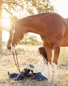 Kirstie Marie Photography is an equine photographer located in Texas. Horse Senior Pictures, Pictures With Horses, Horse Photos, Senior Pics, Senior Year, Senior Session, Cowgirl Pictures, Senior Posing, Country Senior Pictures