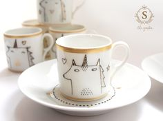 https://www.etsy.com/fr/listing/233957449/set-de-5-tasses-a-cafe-sous-tasses-or