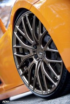 Wheels on Lamborghini Jeep Rims, Truck Rims, Car Rims, Rims For Cars, Rims And Tires, Super Sport Cars, Super Cars, Mc Laren, Car Gadgets