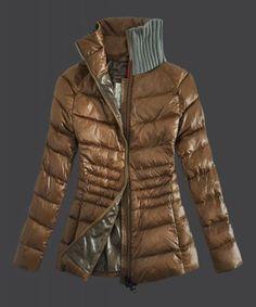 Cheap Moncler Coats   Jackets Women Outlet Online UK. Doudoune Moncler Femme,  Cols, 89913df7db8