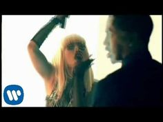 Trey Songz - Bottoms Up ft. Nicki Minaj [Official Video]  Next thing i knew, it was ringtone for the day. random weird.