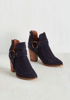 14d162643845 372 Best shoes images