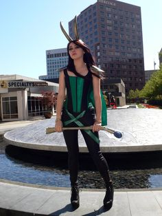 Fem Loki Cosplay by JyuuichiMinihero. Green skirt and a little of gold: nice as a casual fem! Girl Costumes, Halloween Costumes, Costume Ideas, Badass Outfit, Lady Loki, Marvel Cosplay, Halloween Disfraces, Comics Girls, Carnival