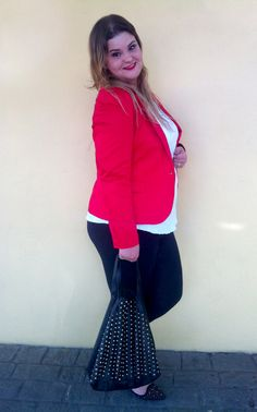 The whole look is at: www.grandesmulheres.com.br