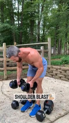 Gym Workout Chart, Gym Workout Videos, Gym Workout For Beginners, Workout Humor, Deltoid Workout, Calisthenics Workout, Dumbbell Workout, Shoulder Workout Routine, Push Pull Workout