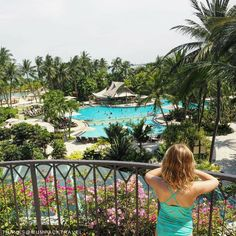 A paradise fit for a kid! Fun family times with pools and slides @rasasentosa. : @mumpacktravel   #Shangrilahotels #Shangrilasentosa #Shangrila #rasasentosa #sentosa #familytrip #travelwithkids #view #travel #vacation #wanderlust #adventure #travelgram #instatravel #travelphotography