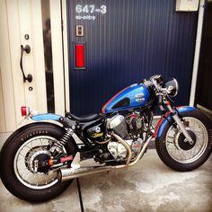 yamaha xv250 virago cafe racer / ac-nitro ビラーゴ250 Virago Cafe Racer, Virago Bobber, Virago 535, Honda Bobber, Yamaha Cafe Racer, Bobber Bikes, Bobber Motorcycle, Custom Bobber, Custom Motorcycles