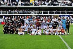 Ontem (11), encerrou o Campeonato Brasileiro 2016, o jogo terminou 1x0 para o Santos. Repleto de homenagens a @chapecoensereal. Encerrando o Campeonato Brasileiro na vice liderança.