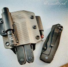 A custom Leatherman Supertool 300 Sheath that I did a couple weeks ago. Photo taken my @micahbyrd on Instagram