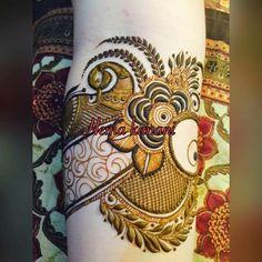 Mehendi design Arabian Mehndi Design, Khafif Mehndi Design, Floral Henna Designs, Mehndi Designs For Girls, Modern Mehndi Designs, Dulhan Mehndi Designs, Mehndi Design Pictures, Wedding Mehndi Designs, Beautiful Mehndi Design
