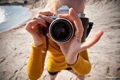 Пять мифов молодого фотографа http://gabdullin.com/135-pyat-mifov-molodogo-fotografa.html  Сегодня развенчаю несколько мифов о фотографии. 1. Не стану сегодня фотографировать, так как на улице плохая погода. Не забывайте, что прекрасные фотографии можно сделать даже при минимальном освещении. К примеру, в туман можно наснимать море прекрасных пейзажей.