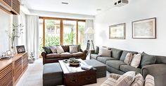 Em muitas casas, a sala é o cômodo de entrada para moradores e visitantes. Por ser o local que abriga a mesa de jantar, o sofá e a televisão, tornou-se o principal ambiente de reunião, conversas e encontros.
