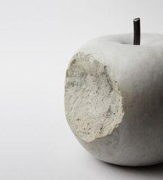 コンクリートのりんご。 VANDAL RINGO - まとめのインテリア / デザイン雑貨とインテリアのまとめ。