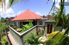Bali super Acccomodation for families or surfers - close to the surf spots and beaches... CANGGU - North Kuta