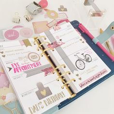 I neeeed a new planner bad!!