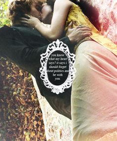 Reign - Prince Francis (Toby Regbo) and Queen Mary (Adelaide Kane)