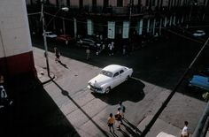 David Alan Harvey  CUBA. Havana. Havana is filled with pre-Castro classic cars from the 1940's and 50's. 1998.