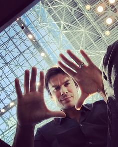 Ian Somerhalder - 11/10/15 - #nycc aka New York Comic con hanging…