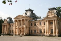Panoramio - Photos by Yulija Pekarchuk Famous Architecture, Classical Architecture, Different Countries, Fantasy Island, All Over The World, Mansions, House Styles, Country Houses, Castles