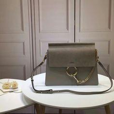 121664,Chloe Bag,Size 32x26x3 cm