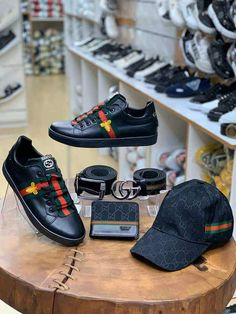 Designer Sneakers Mens, Gucci Mens Sneakers, Loafers Men, Men's Sneakers, Selling Online, Male Shoes, Oxford Shoes, Dress Shoes, Boys