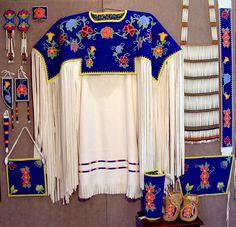 400 Best Bead Ojibwe Patterns Images Native American Beadwork Bead Work Native Beadwork