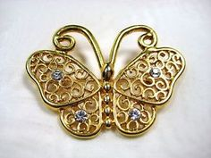 Vintage-Filigree-Butterfly-Brooch-Pin-Gold-Tone-Crystal-Clear-Rhinestones