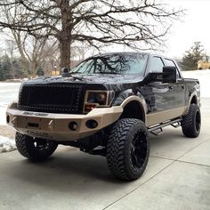 Love the bumper and headlights!