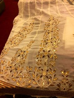work for bridal sari with pink stones on gold fabric. sleeve with flowers Embroidery Suits Punjabi, Zardozi Embroidery, Hand Work Embroidery, Embroidery Art, Embroidery Designs, Indian Embroidery, Brazilian Embroidery, Silver Work, Gold Work