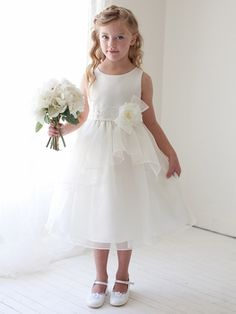similar to little bird board dresses (comes in ivory and ivory/pink)