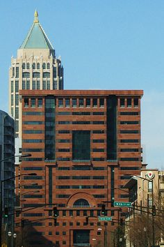 Architecture of Michael Graves - ATLANTA by swampzoid, via Flickr Bauhaus, John Hejduk, Peter Eisenman, Post Modern Architecture, Michael Graves, Memphis, Pent House, Museum Of Modern Art, Building Design