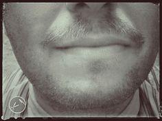 Un bacio senza baffi è come un uovo senza sale (Cawein Madison)