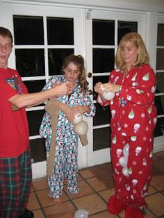 Creative Party Ideas by Cheryl: Christmas Pajama Party reindeer antler game