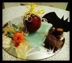 Vendesi #mele #stregate. Buone da MORIRE!!! Muahahaha. Buon #halloween #scary #spooky #spoopy #2scary4me #3scary5me #tasty #lovely #candy #samhain #apple #candyapple #sugar #october #bats #vampires #pumpkin #caramel #caramello #redapple #creativemamyfood #recipe #follow