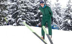 Skispringen für alle Überflieger! Action Sport, Winter Jackets, Fashion, Ice Climbing, Long Distance, Skiing, Winter Coats, Moda, Winter Vest Outfits