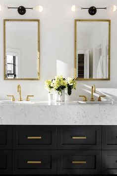 7 Genius Ways to Make a Small Bathroom Seem Larger via @PureWow