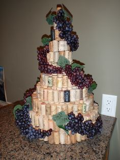 """Love this cork creation! """"My wine cork tree, made with graduated styrofoam circles as the base underneath. Wine Craft, Wine Cork Crafts, Wine Bottle Crafts, Wine Tasting Party, Wine Parties, Bridal Shower Wine, Wine Cork Projects, Wine Cork Art, Wine Bottle Corks"""