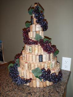 "Love this cork creation! ""My wine cork tree, made with graduated styrofoam circles as the base underneath. Wine Craft, Wine Cork Crafts, Wine Bottle Crafts, Wine Tasting Party, Wine Parties, Wine Cork Wedding, Bridal Shower Wine, Wine Cork Projects, Wine Cork Art"