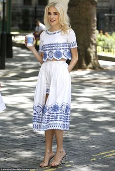Get co-ordinated with Temperley London like Pixie Lott in her beautiful broiderie #DailyMail