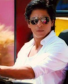 Very nice pic of SRK.