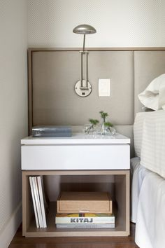 WHITE AND WOODEN NIGHTSTAND FOR CONTEMPORARY BEDROOMS | The natural choice for modern bedroom interiors | www.bocadolobo.com #bedroomfuriture #bedroomdecor