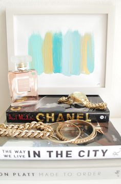 Need 2 of these @cocoaandhearts paintings for our master bedroom