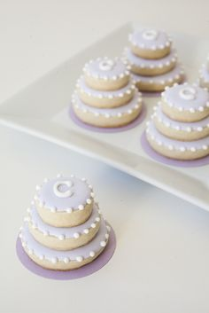 How to make stacked wedding cake sugar cookies!  Possible DIY wedding or bridal shower favors.