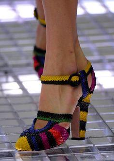 Woven heels
