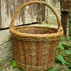 what a nice shape Wicker Baskets, Shapes, Nice, Home Decor, Homemade Home Decor, Decoration Home, Woven Baskets, Interior Decorating