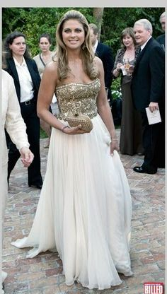 Princess Madeleine of Sweden Kate Middleton Outfits, Casa Real, Prinz Carl Philip, Princesa Real, Kate And Meghan, Swedish Royalty, Real Princess, Royal Clothing, People Dress